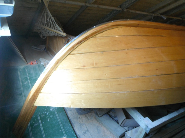 21) AFT VARNISHED 10 COATS AND S.STEEL KEELSTRAP