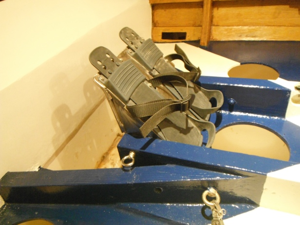 95) FITTED FOOTPLATE