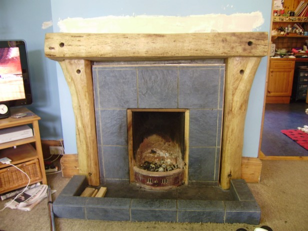 FIREPLACE (un-varnished)